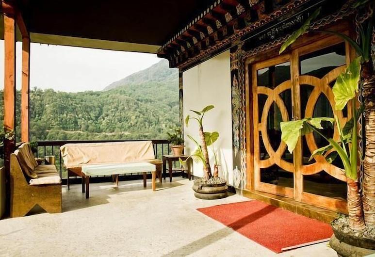 Yangkhil Resort, Trongsa, Interior Entrance