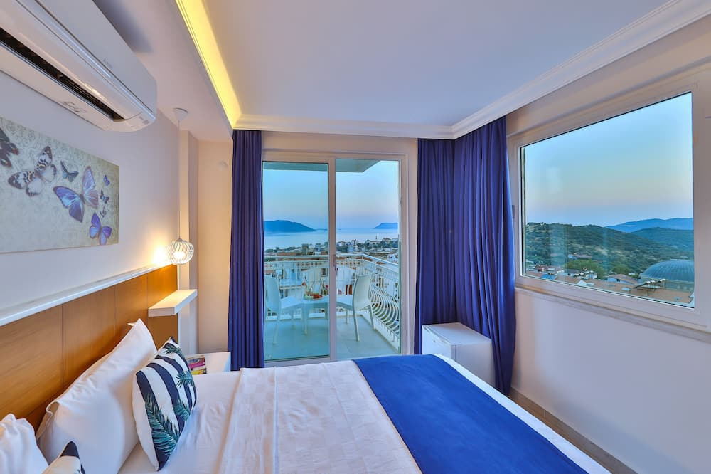 Deluxe Double or Twin Room, Sea View - Guest Room