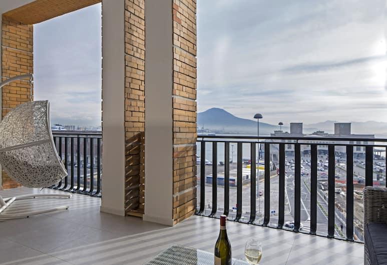 Relais Castel Nuovo, Napoli, Leilighet – elite, 1 soverom, tekjøkken, utsikt mot sjø, Terrasse/veranda