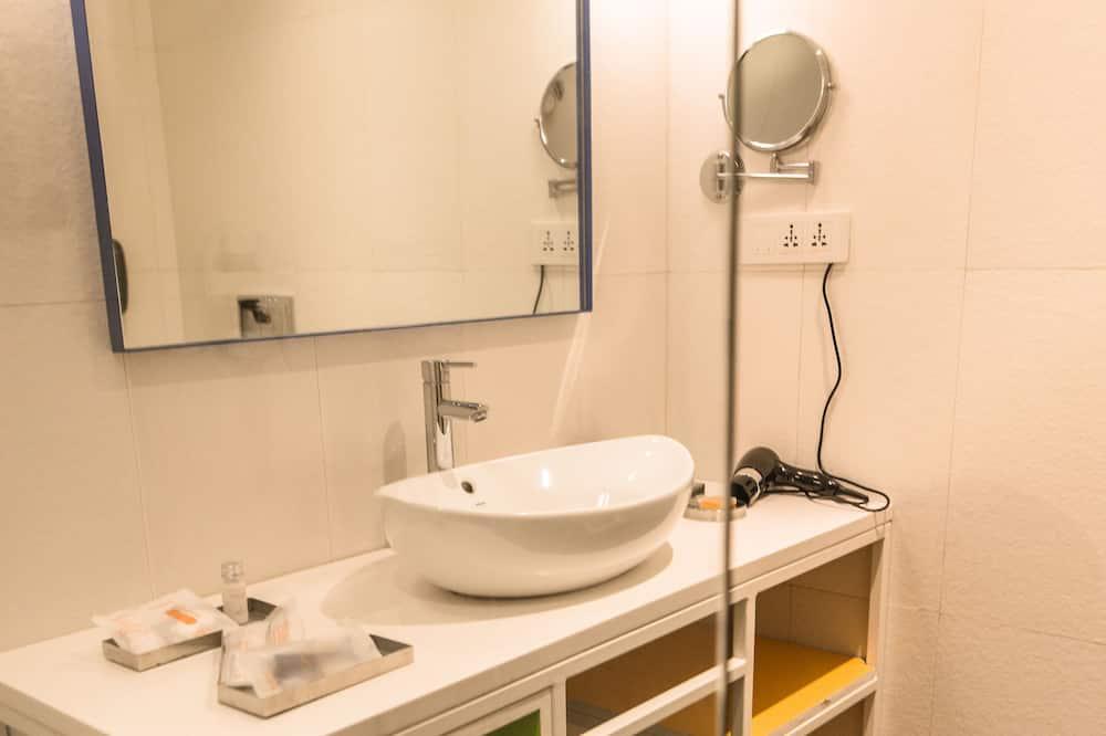 Zone Room - Bathroom