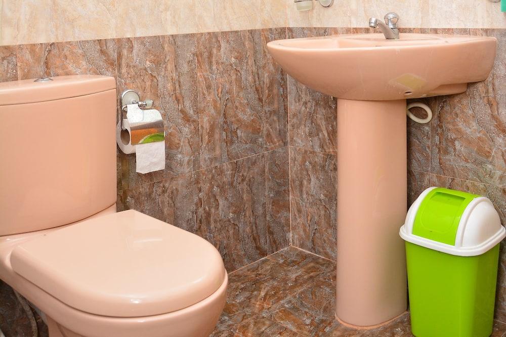 經濟客房, 花園景觀 - 浴室