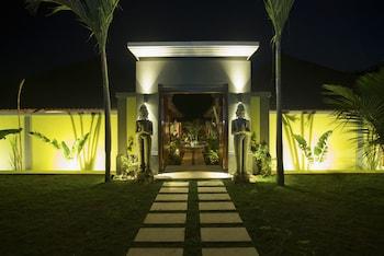 Picture of Castaway Resort in Lembongan Island