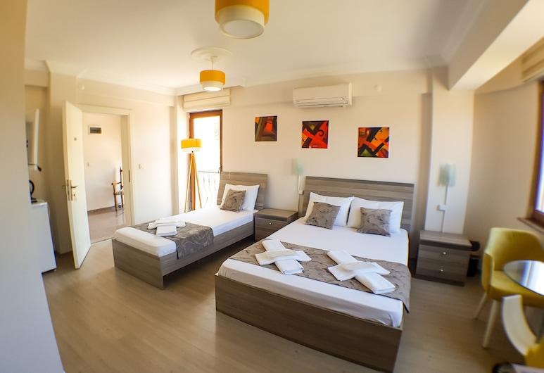 Ada Olympos Hotel, Bozcaada, Standardní třílůžkový pokoj, nekuřácký, Pokoj