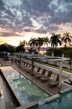 Foto van Ramada by Wyndham Acapulco Hotel & Suites in Acapulco