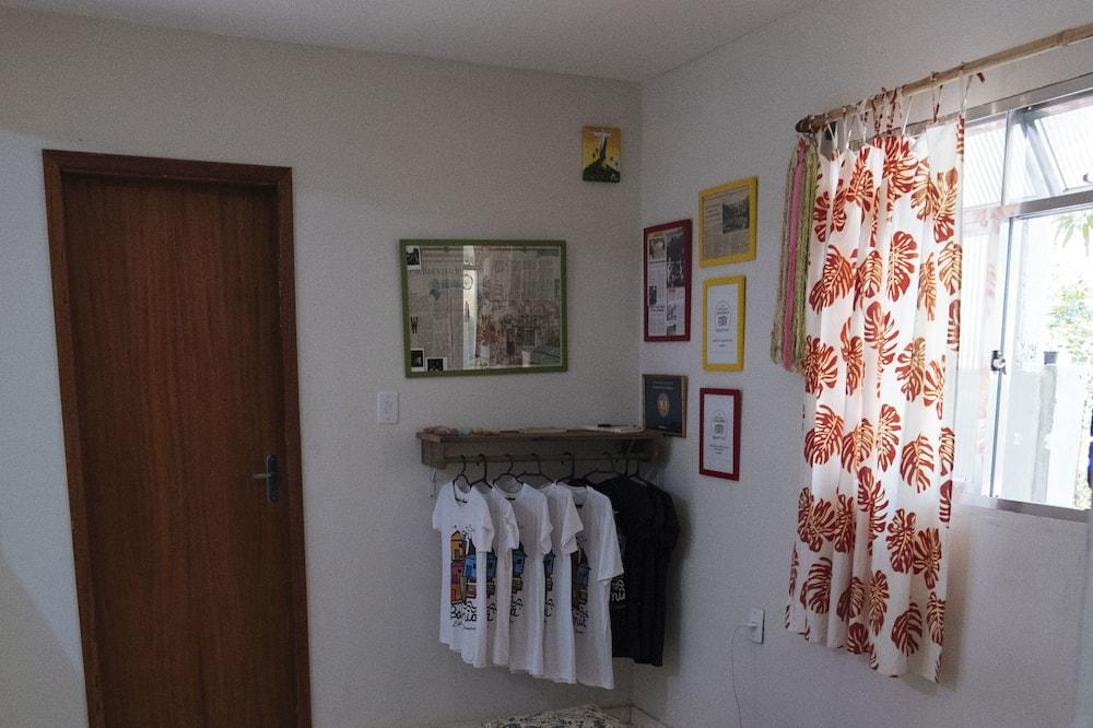 Standard Room (4), 1 Double Bed, Shared Bathroom - Περιοχή καθιστικού
