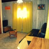 Chalet, Mezzanine - Living Area