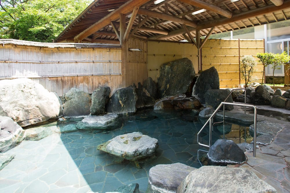 Japanese-Style Standard Room with Shared Bathroom - Outdoor Pool