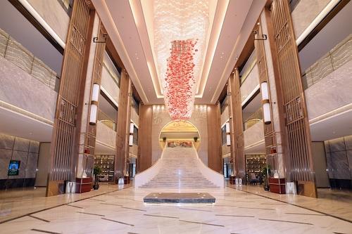 โรงแรมแกรนด์