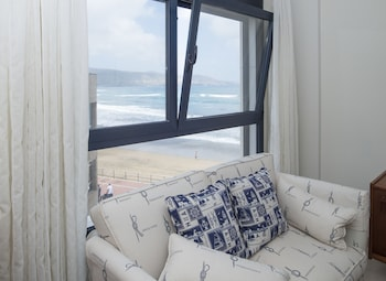 Image de Charming Beachfront Apartment à Las Palmas