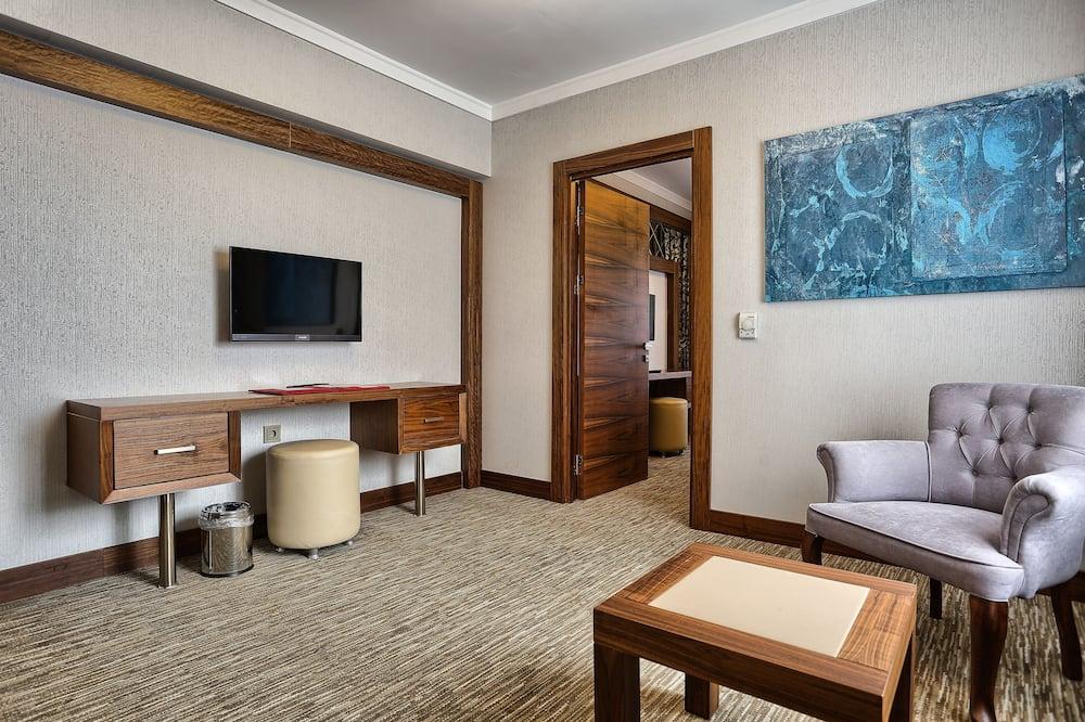 Phòng Suite dành cho gia đình, 1 phòng ngủ, Quang cảnh núi - Phòng khách