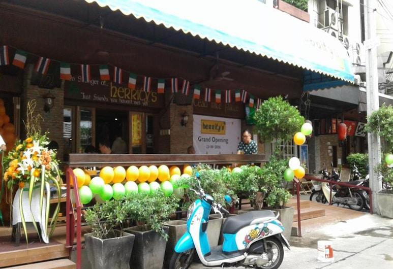マイ ホテル ヘリティ, バンコク