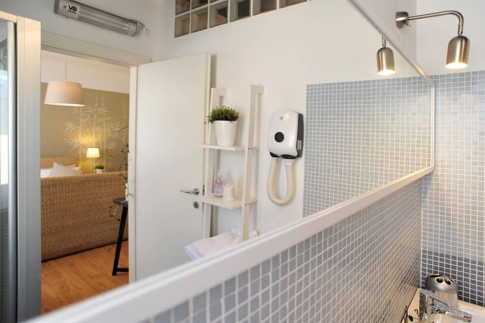 Двомісний номер категорії «Комфорт», суміжна ванна кімната - Ванна кімната