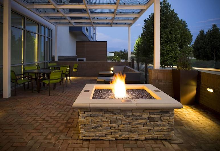 SpringHill Suites by Marriott Kansas City Lenexa City Center, Lenexa, Terrace/Patio