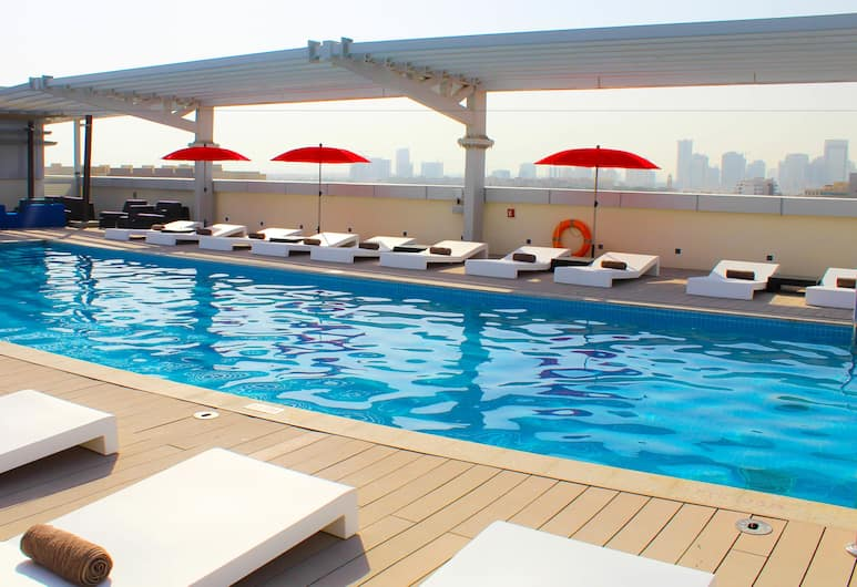 Park Inn by Radisson Dubai Motor City, Dubai, Outdoor Pool