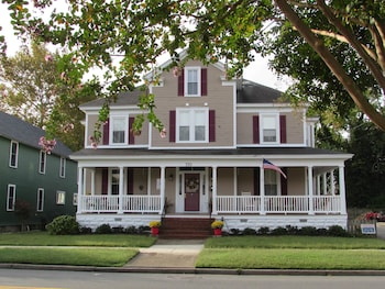 Picture of Alyssa House Bed & Breakfast in Cape Charles