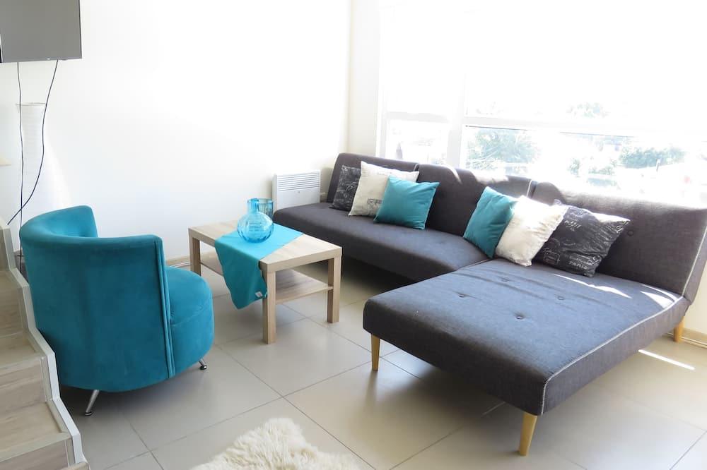 Duplex 1 - Living Area