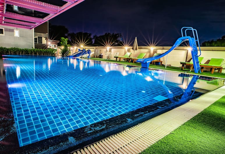 Gold Airport Suites, בנגקוק, בריכה חיצונית