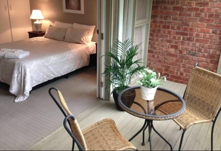 Luxury 2B Townhouse in North Adelaide, North Adelaide, Luxury House, 2 Bedrooms, Balcony