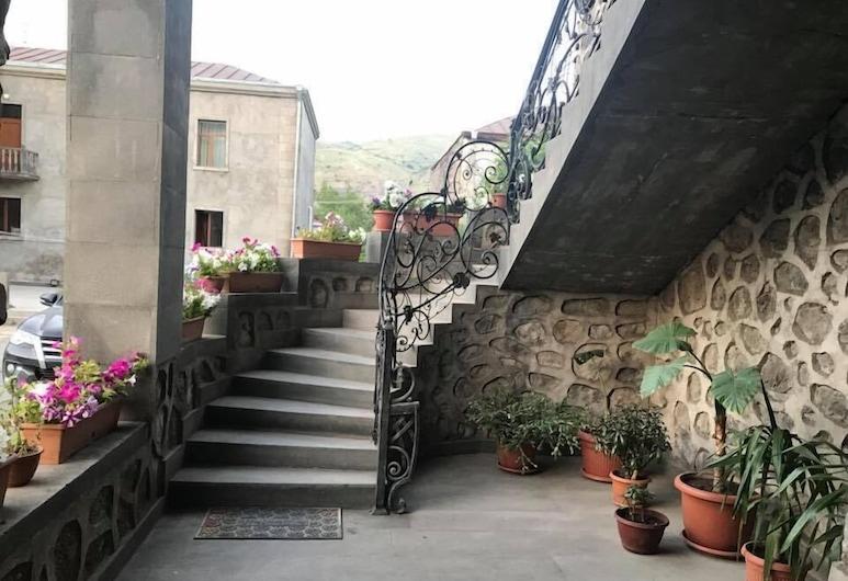 Christy Hotel, Goris, Terrass