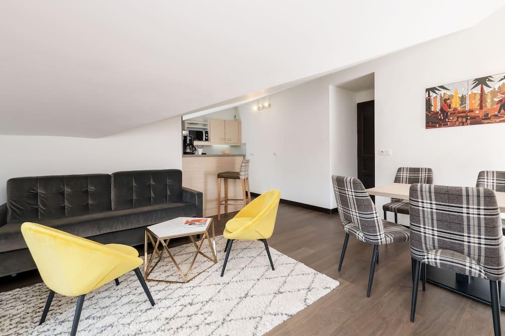 Comfort-huoneisto, 2 makuuhuonetta, Kaupunkinäköala - Oleskelualue
