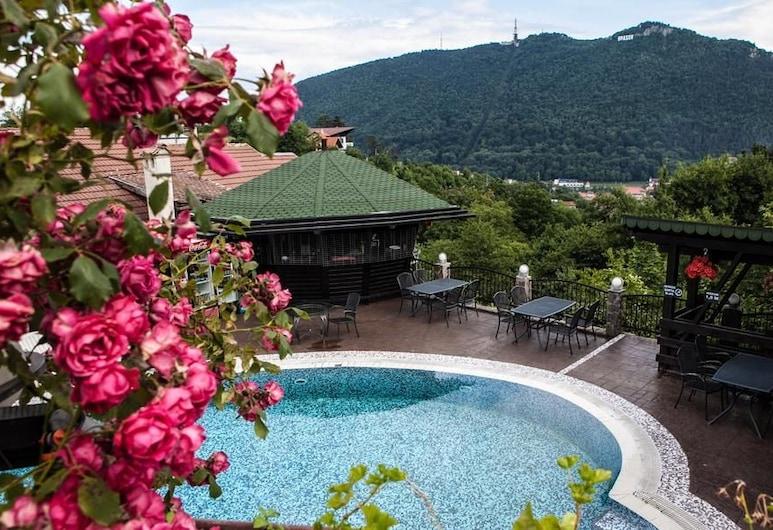 Grand Hotel Belvedere Brasov, Brasov, Utendørsbasseng