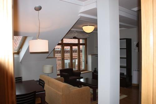 灰姑娘大教堂公寓飯店/