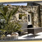 Δίκλινο Δωμάτιο (Double), Ιδιωτικό Μπάνιο (Poulailler) - Εξωτερικός χώρος