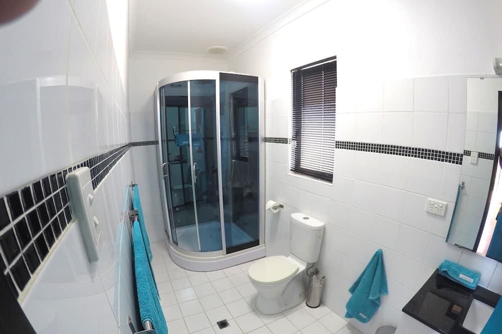 Double Room, Balcony, Sea View (Blue Room) - Bilik mandi