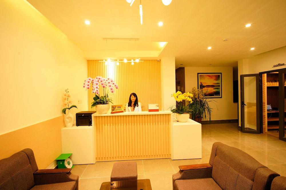 Mille Fleurs Hotel Da Lat Reception