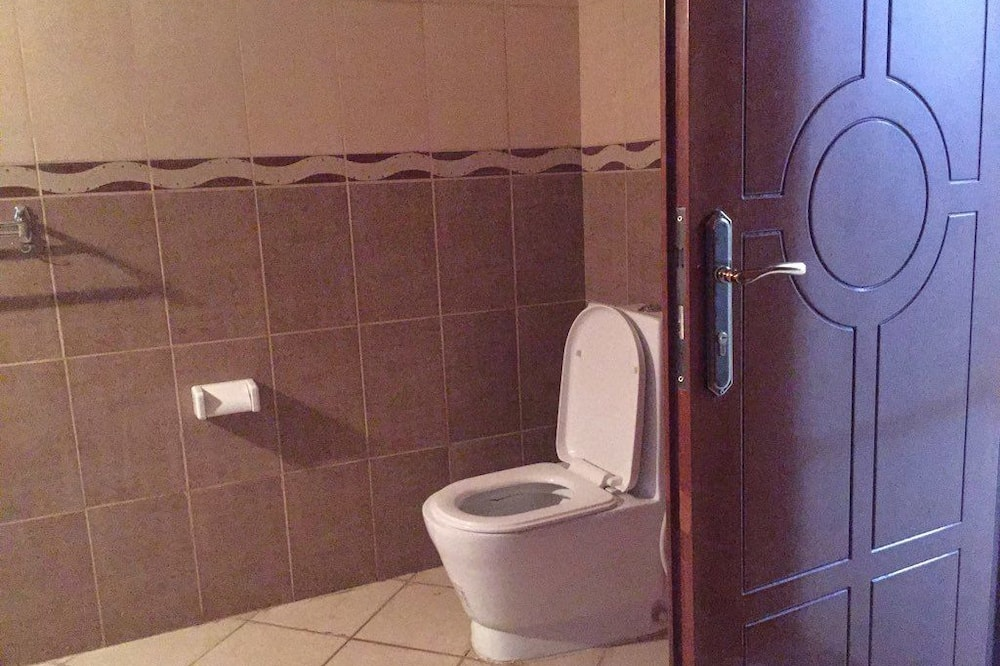 Chambre Standard avec lits jumeaux, salle de bains attenante, vue ville - Salle de bain