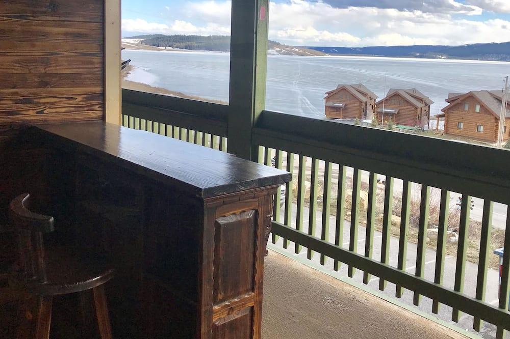 Comfort Suite, Lake View - Balcony