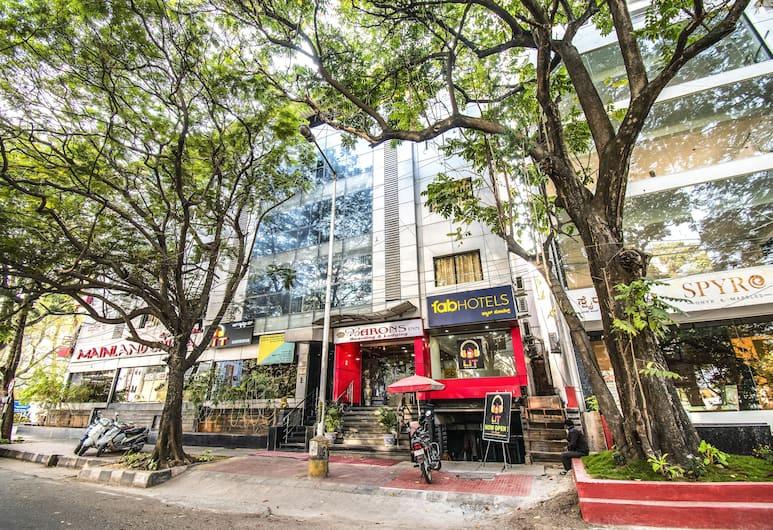 FabHotel Barons Inn Jayanagar, Bengaluru