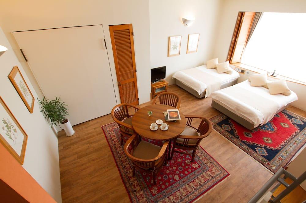 Deluxe - neljän hengen huone (Maisonette with Spa Bath -Main) - Olohuone