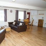 Family Studio, 1 Bedroom, Garden View, Ground Floor - Living Area