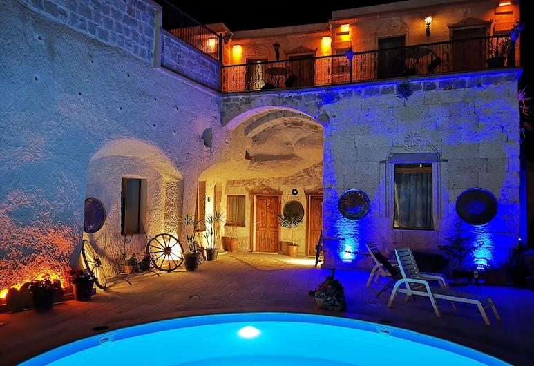 Hermes Cave Hotel, Nevsehir, Grand Suite, 1 Bedroom, Jetted Tub, Mezzanine, Terrace/Patio