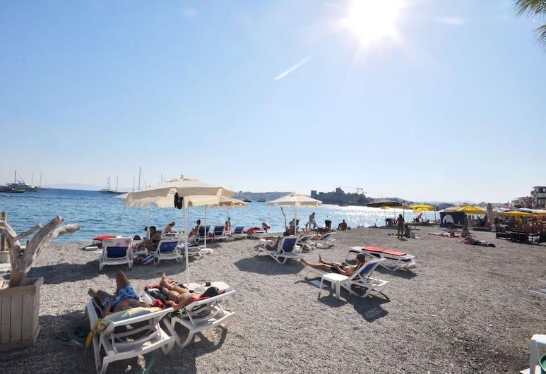 7 Art Feslegen Hotel, Bodrum, Beach