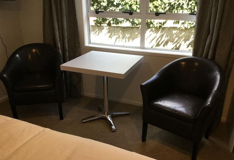 羅托魯阿蘇姆尼爾民宿, 羅托魯瓦, Room 2, 客廳