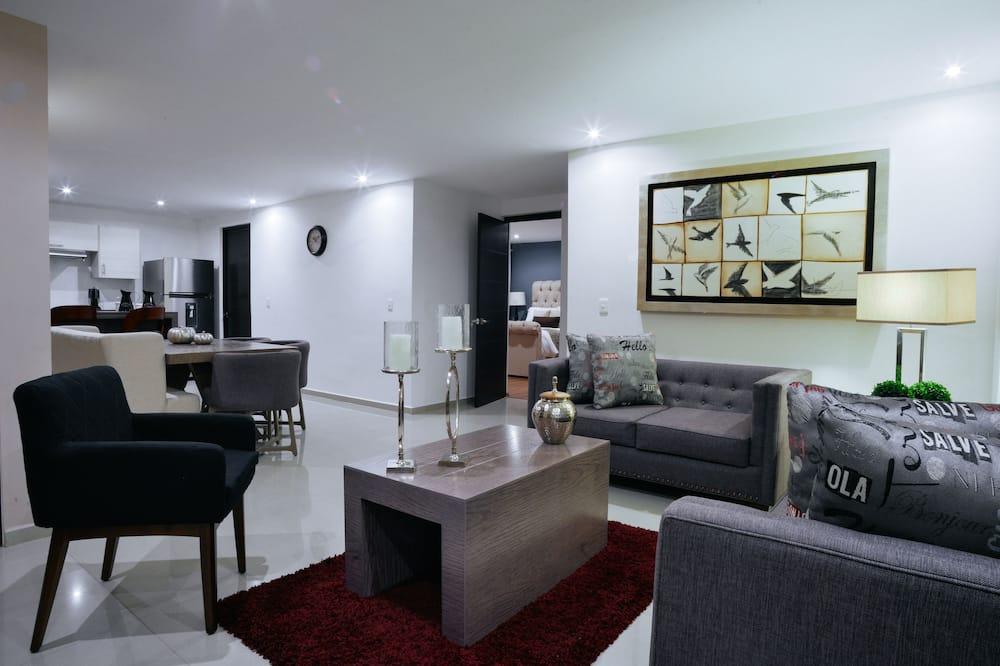 アパートメント 2 ベッドルーム (1 Queen Bed and 2 Single Beds) - リビング エリア