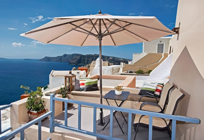 Lucky Homes - Oia, Thira