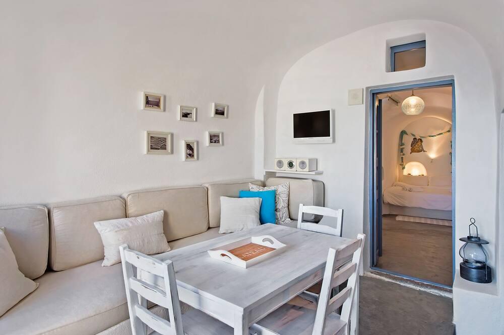 Studio – romantic, 1 dobbeltseng, utsikt mot sjø, sjøvendt - Oppholdsområde