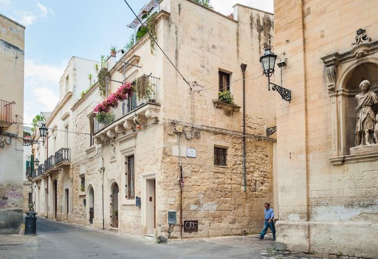 Re del Sale, Lecce