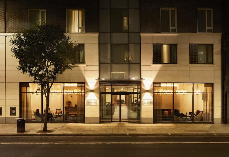 Marlin Waterloo, London, Fasaden på overnattingsstedet – kveld