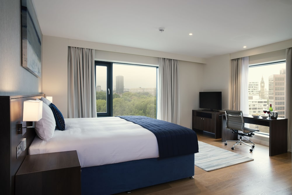 Park Plaza London Waterloo - Hotel Reservations, Hotel Deals