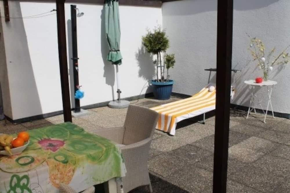Apartman, 3 spavaće sobe, terasa, pogled na brijeg - Balkon