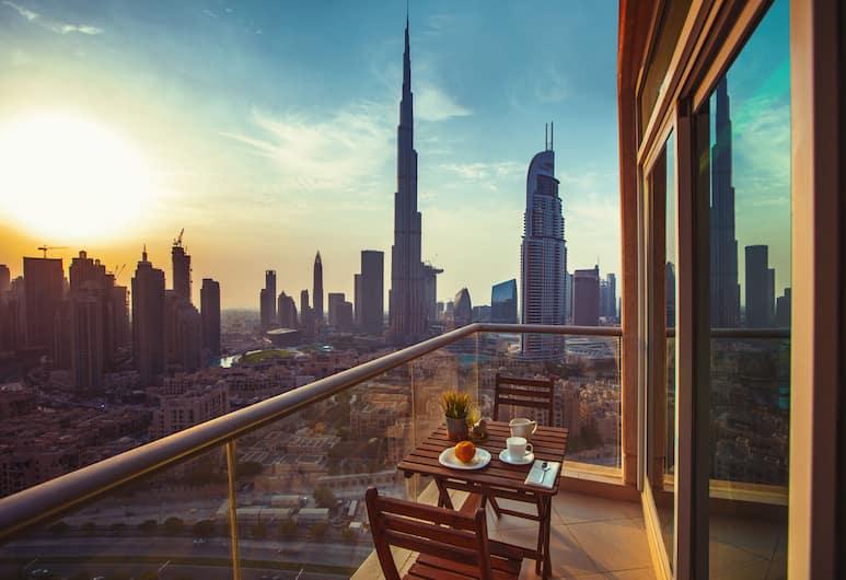 Boutique Living - Burj Views Downtown Dubai, Dubajus, Pagerinto tipo apartamentai, 2 miegamieji, balkonas, vaizdas į ežerą, Vaizdas į miestą