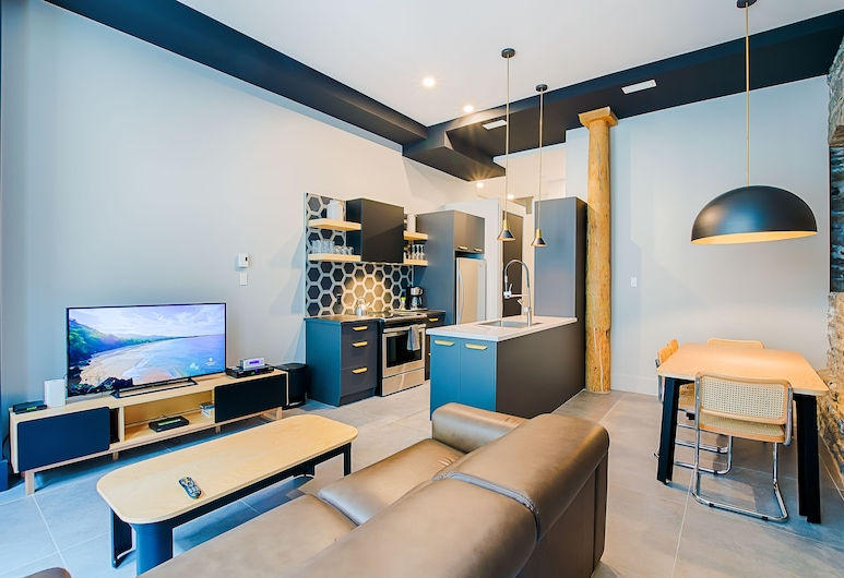 Les Lofts Notre-Dame - By Les Lofts Vieux-Quebec, Quebec, Luxury Apartment, 1 Bedroom with Sofa bed (Accessible by stairs only), Living Area