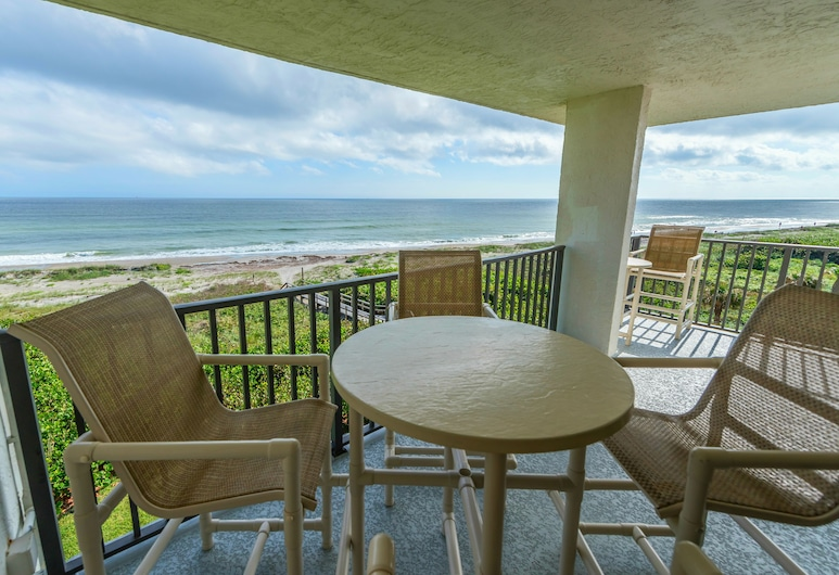 Cape Winds by Stay in Cocoa Beach, Cape Canaveral, Premium Condo, 2 Bedrooms, Oceanfront, Balcony