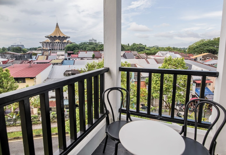 The Marian Boutique Lodging House, Kuching, Mary Sharp Double Room, Balcony