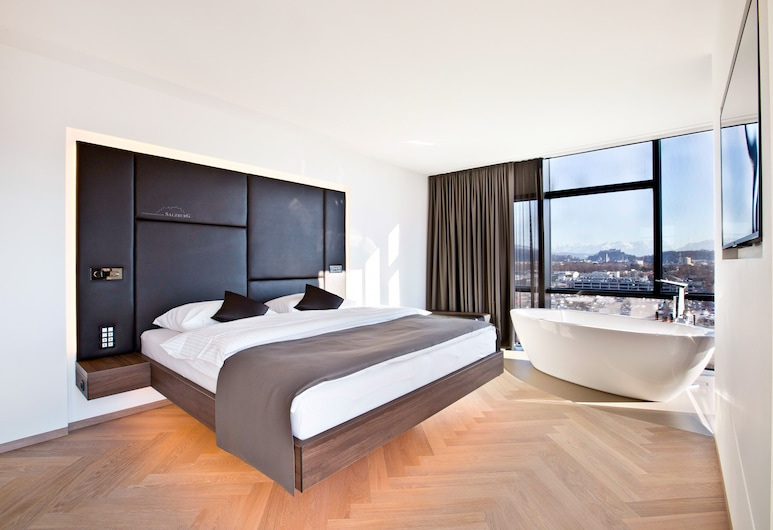 COOL MAMA Hotel Salzburg Sky Restaurant, Salzburg, Executive-Doppelzimmer, Stadtblick, Zimmer