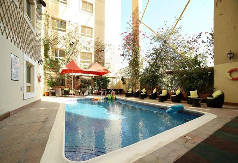 RuRu Tower, Manama, Outdoor Pool
